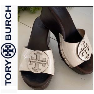 Tory Burch wedge slide size 6. Off white / brown